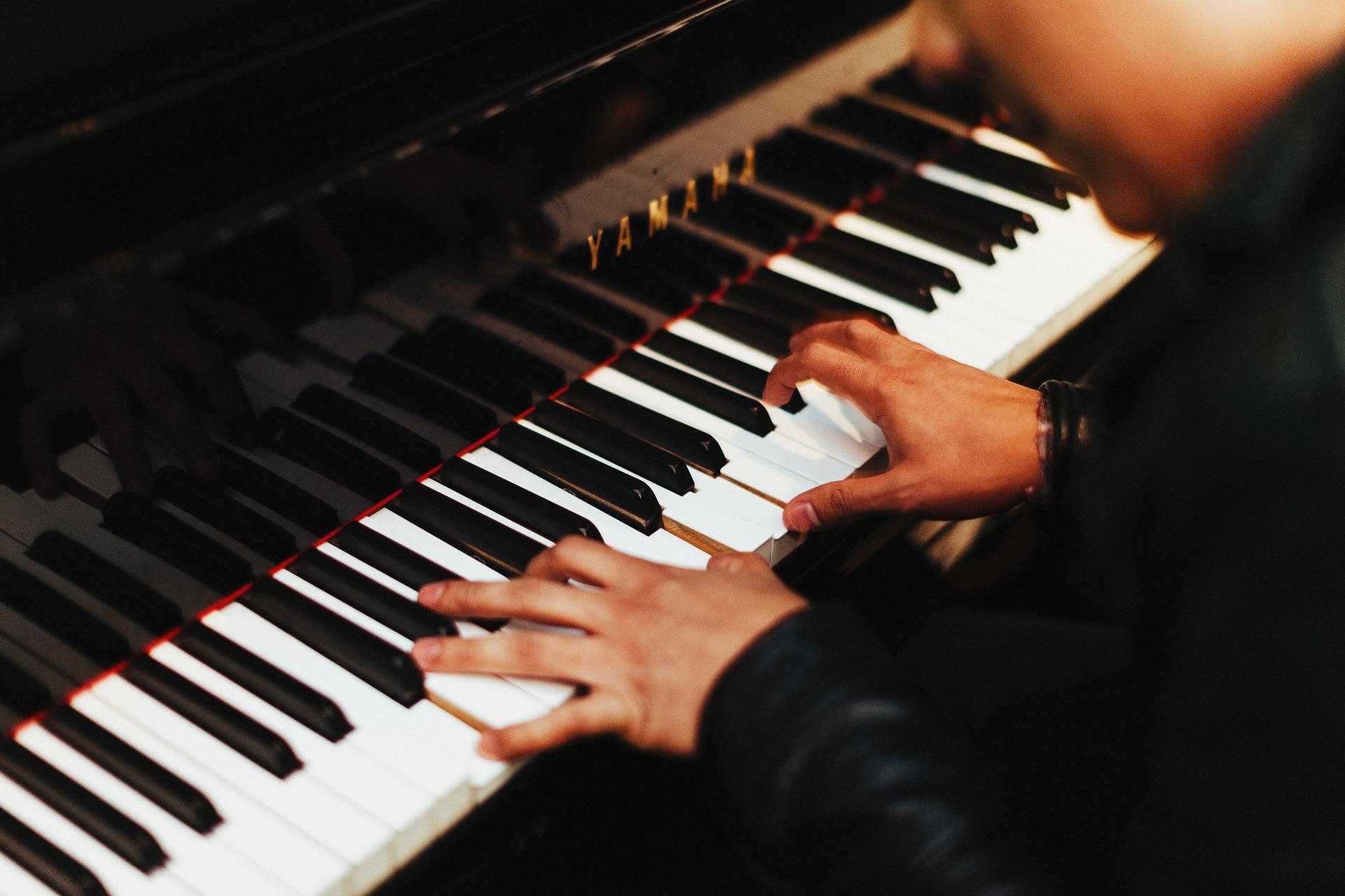 pianist-1149172_1920